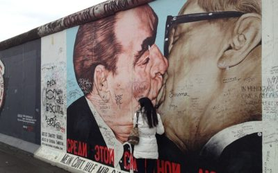 Padlet som Berlinmur